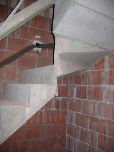 Modal title - Ontwerp betonnen trap ...